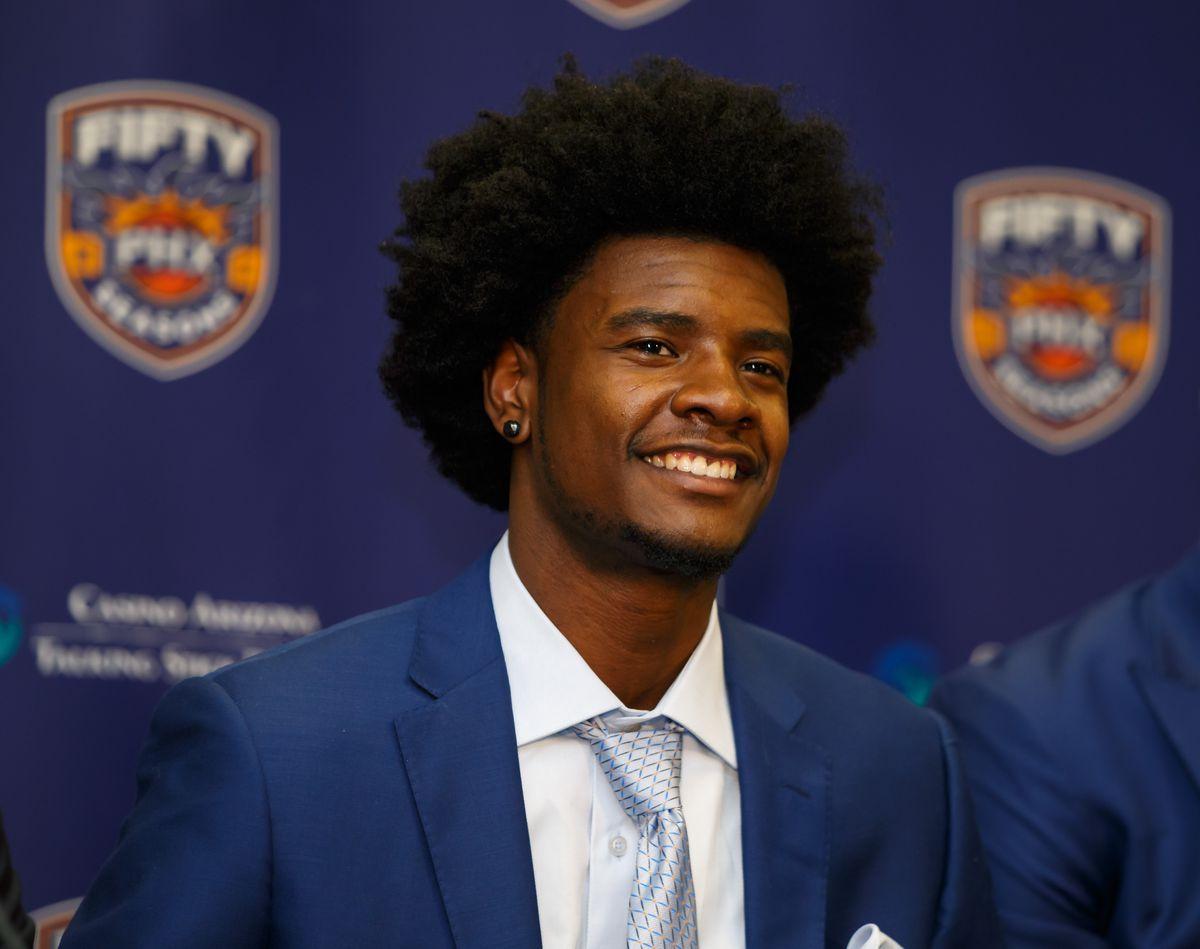 NBA: Phoenix Suns-Press Conference