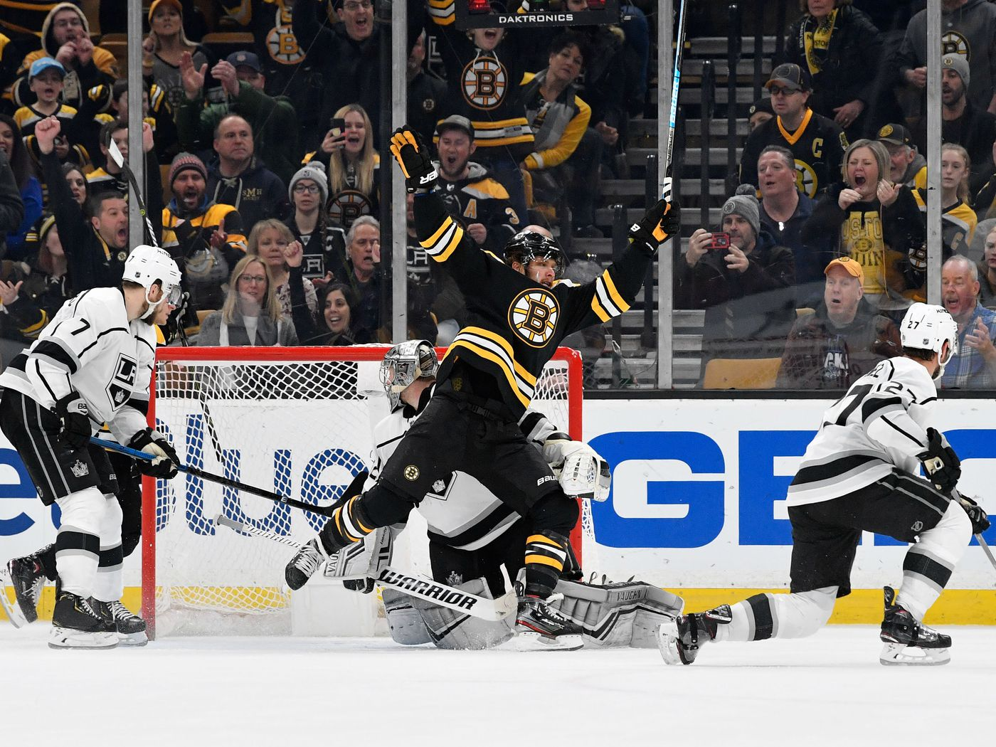 Preview Bruins Kick Off Homestead Against The La Kings Stanley