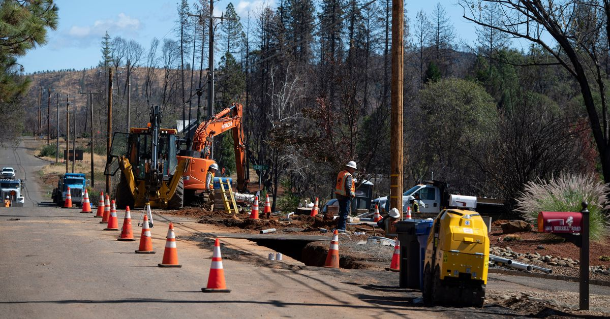PG&E's power shutoff in California shows the inequities of climate risks
