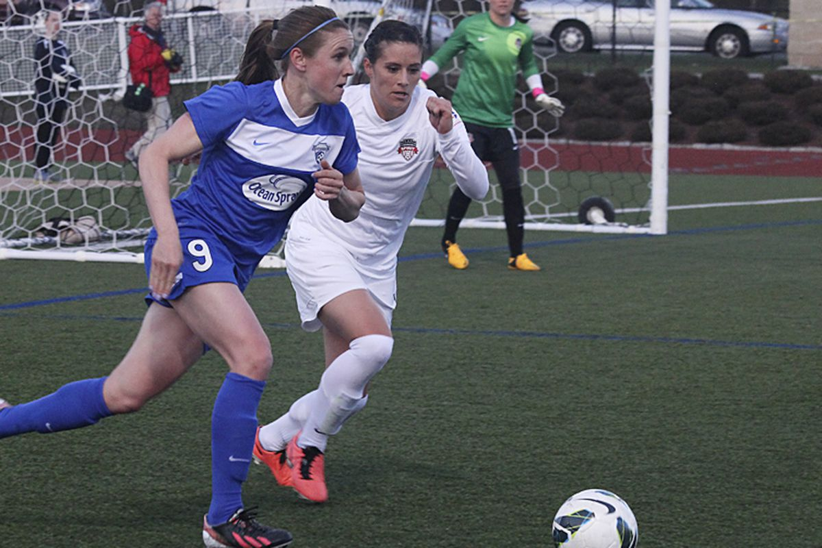 Heather O'Reilly and the Breakers will need to take down the league's top teams to make a playoff push