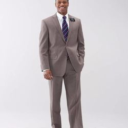 Light-colored suits are now appropriate for LDS missionaries, according to photo illustrations on the LDS Church webite.