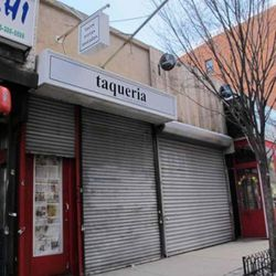 """Taqueria via <a href=""""http://www.boweryboogie.com/2011/03/taqueria-adds-signage-at-198-orchard"""" rel=""""nofollow"""">BB</a>"""