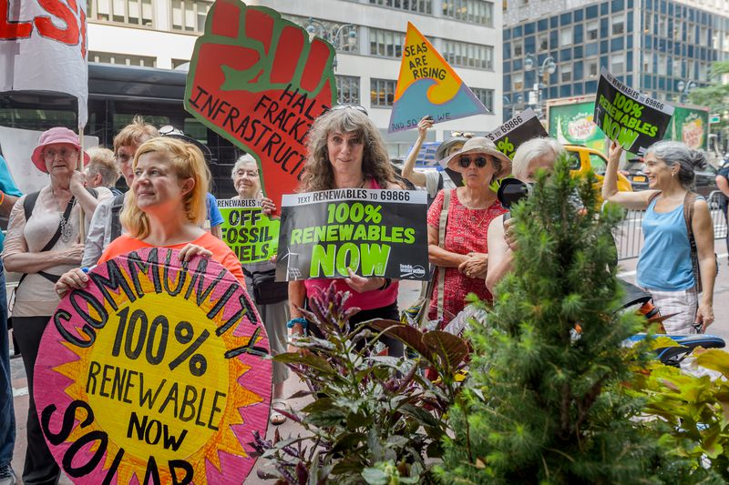 Protestors rally outside NY Gov. Andrew Cuomo's Manhattan office on August 16, 2018, calling on him to stop fossil fuel infrastructure and shift New York to 100 percent renewable energy.