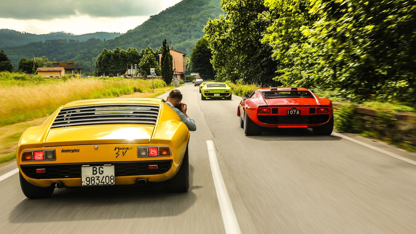 What It S Like To Drive Lamborghini S Most Beautiful Car The Verge