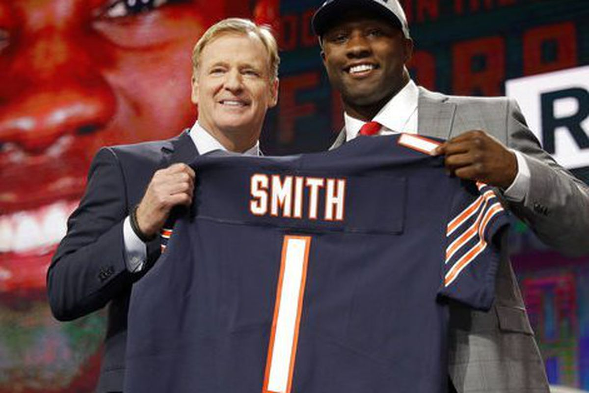watch 80729 0c538 Roquan Smith: Stalemate with Bears all about control ...