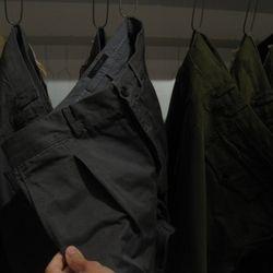 More khakis. Note the pleating. Fashion forward.