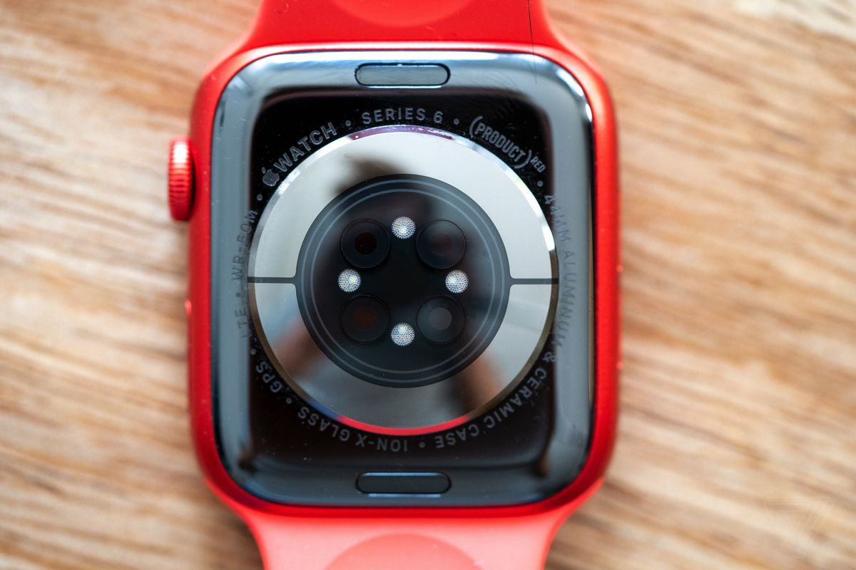 A closer look at the Apple Watch Series 6 and how to review it - The Verge