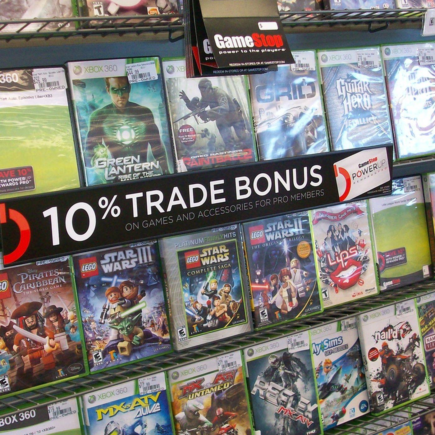 GameStop attributes fourth-quarter 2013 sales increase to