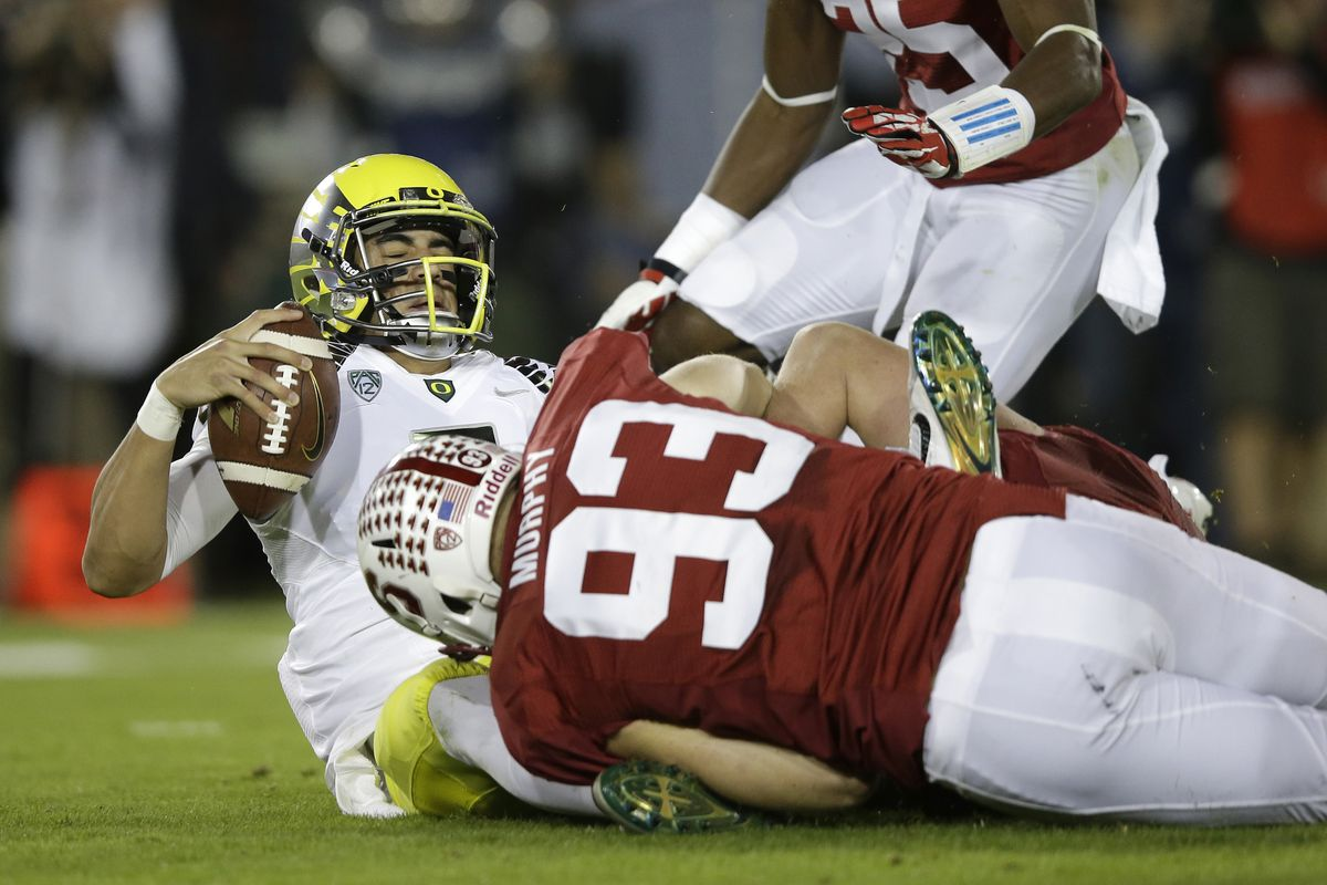 Mariota fell down and fell out of the Heisman race last night.