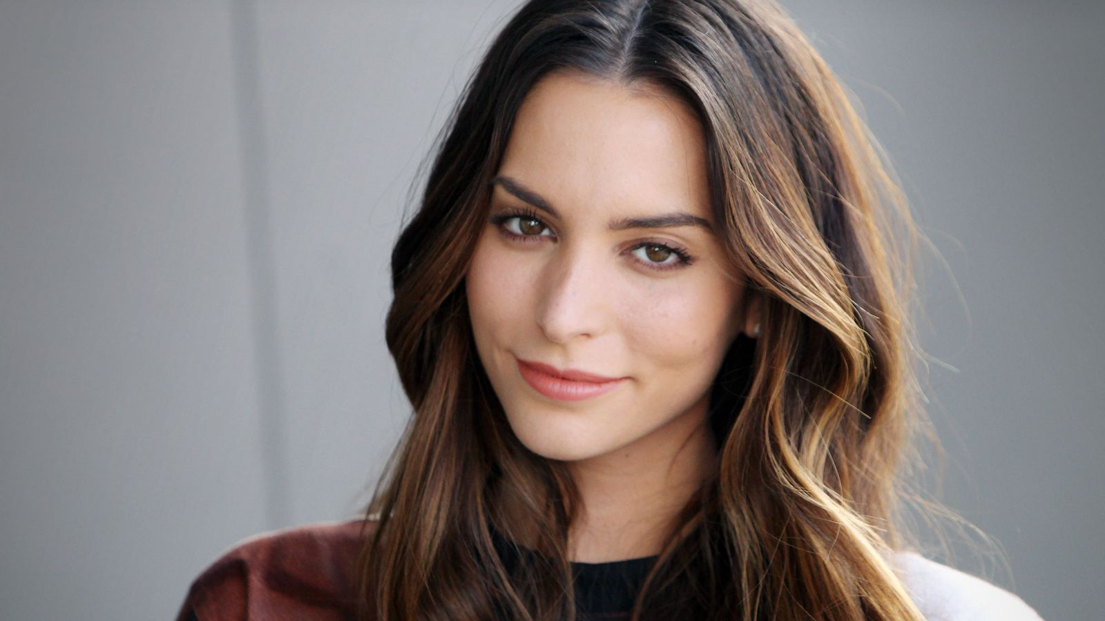 Miami Girl Genesis Rodriguez On Summer Beauty Yoga Hosers
