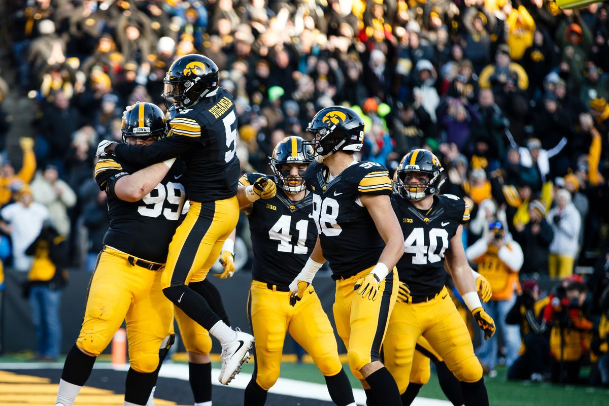 pinstripe bowl 2017: checking out the iowa hawkeyes statistically