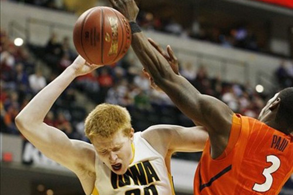 Ginger spices up everything -- even interest in Iowa basketball.