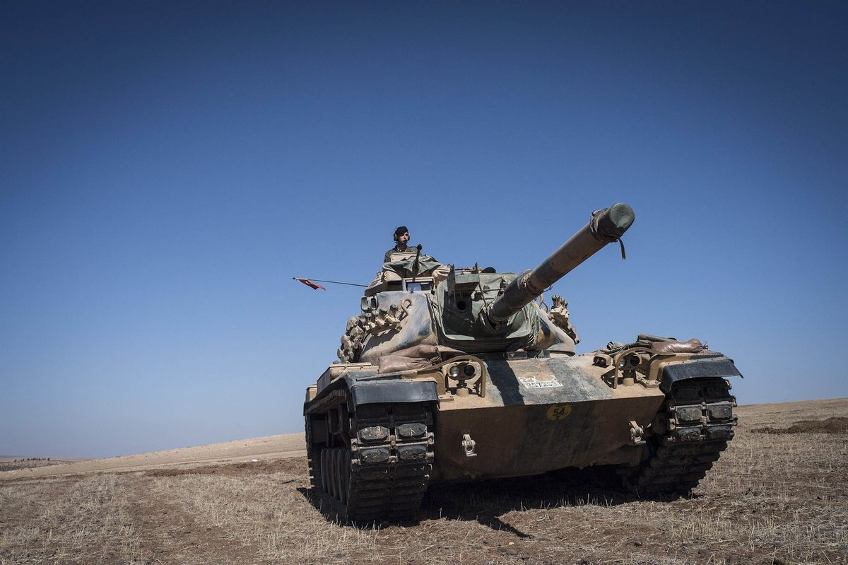 Turkish tanks Kobane