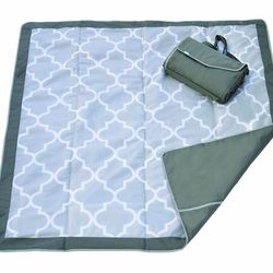 """JJ Cole Outdoor Blanket, <a href=""""http://www.amazon.com/JJ-Cole-Collections-All-Purpose-Blanket/dp/B0033OG86K"""">$34.95</a> at Amazon"""