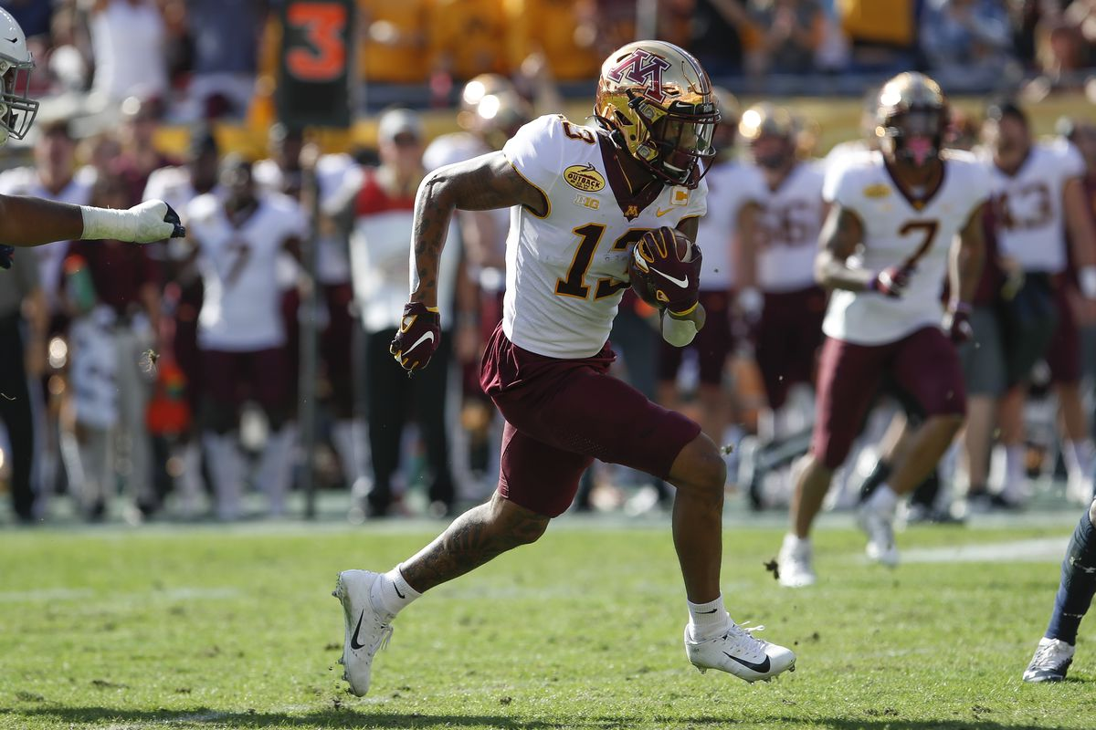 Minnesota Golden Gophers wide receiver Rashod Bateman during the Outback Bowl between the Auburn Tigers and Minnesota Golden Gophers on January 01, 2020 at Raymond James Stadium in Tampa, FL.