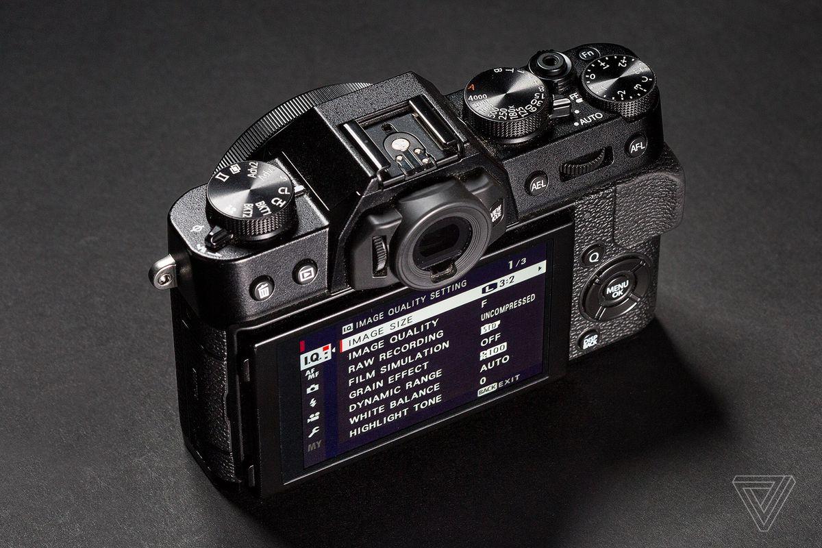 Fujifilm X T20 Review Love Rekindled The Verge E3 Kit Xf 23mm F2 Black 35mm Photo By Amelia Holowaty Krales