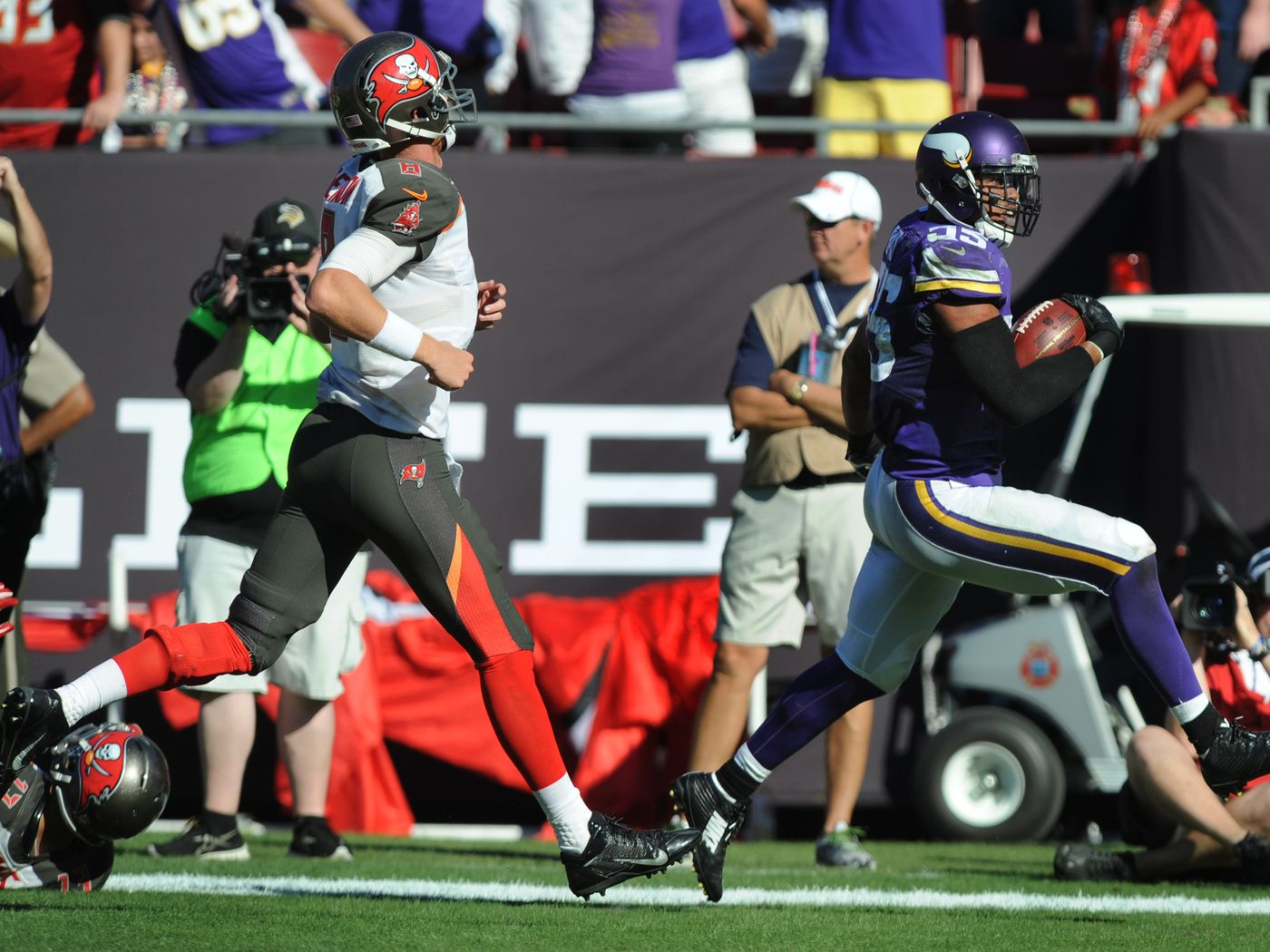 NFL Trade Rumors: Mike Glennon pops up again after Teddy Bridgewater injury