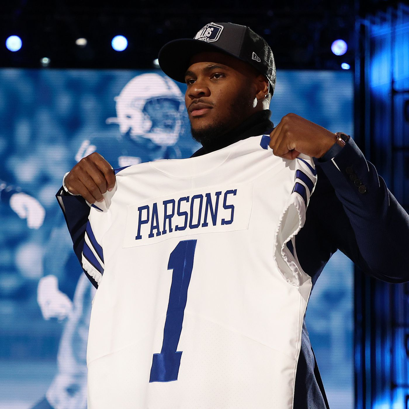 The 2021 Dallas Cowboys Draft Class officially has their jersey ...