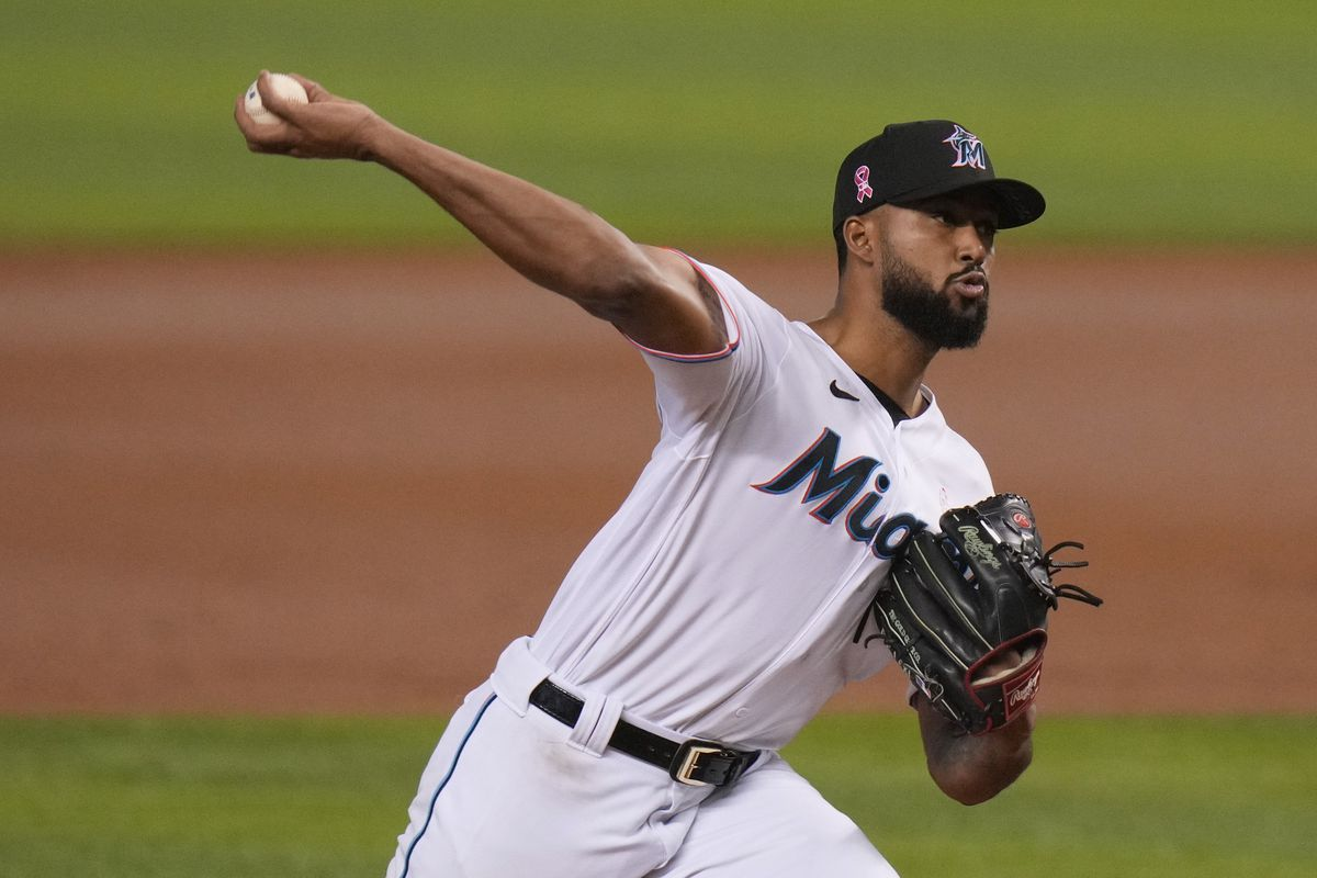 Sandy Alcantara of the Miami Marlins delivers a pitch in the third inning against the Milwaukee Brewers at loanDepot park