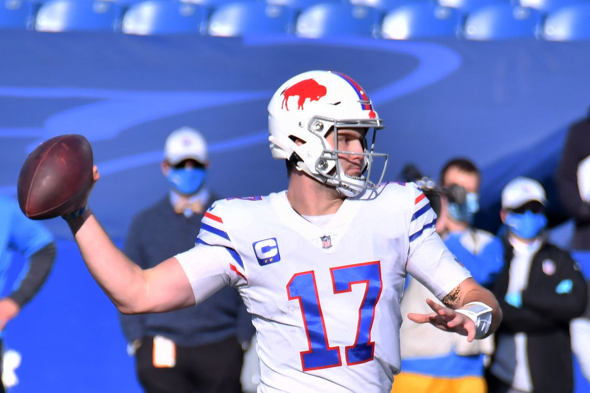 Buffalo Bills quarterback Josh Allen (17) throws a pass against the Los Angeles Chargers in the first quarter at Bills Stadium.