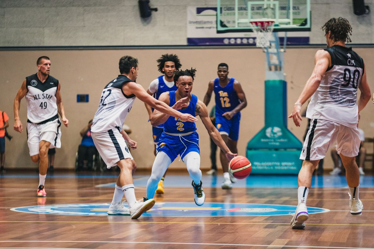 Pitt closes out Italy trip with win over Vicenza All-Stars