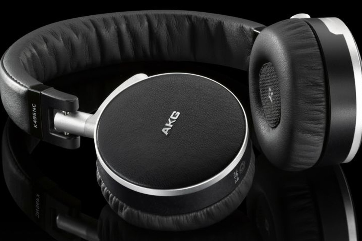 575d50e8298 AKG announces two new pairs of noise-cancelling headphones - The Verge