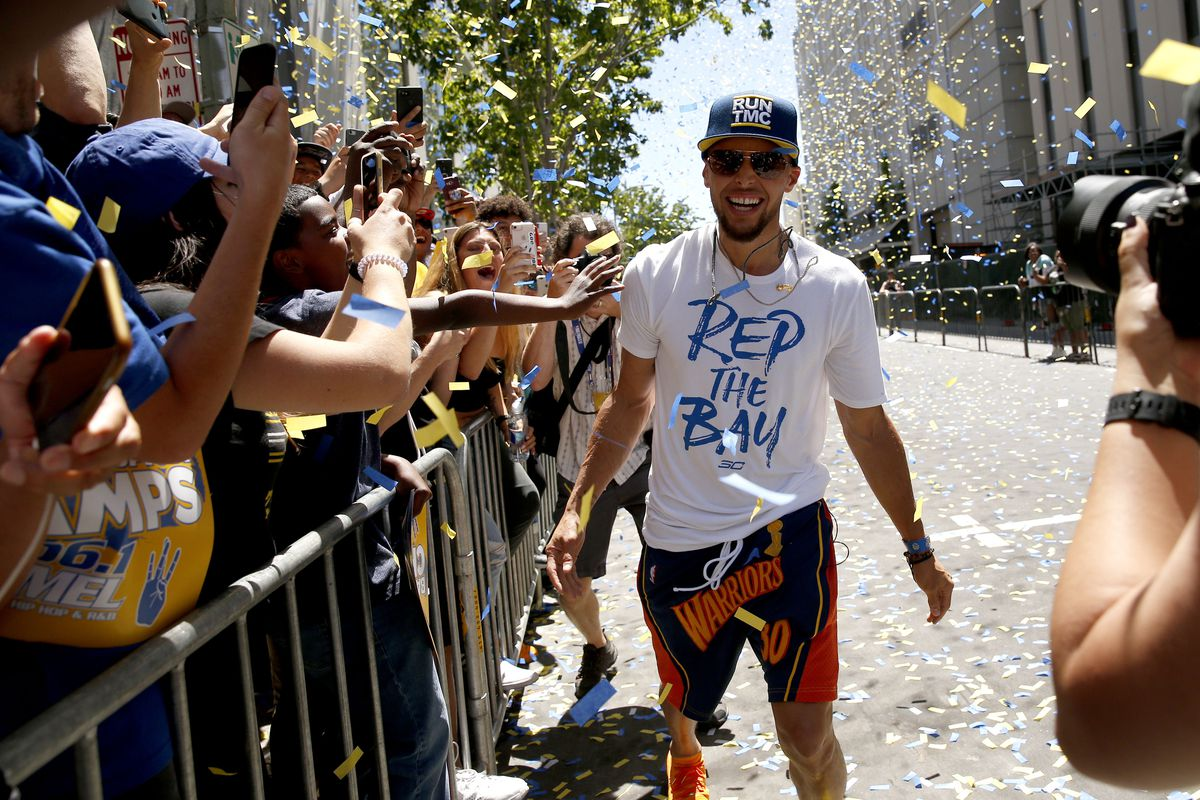 b96580f601f4 Video  Warriors Steph Curry talks life and ball with three teenagers ...