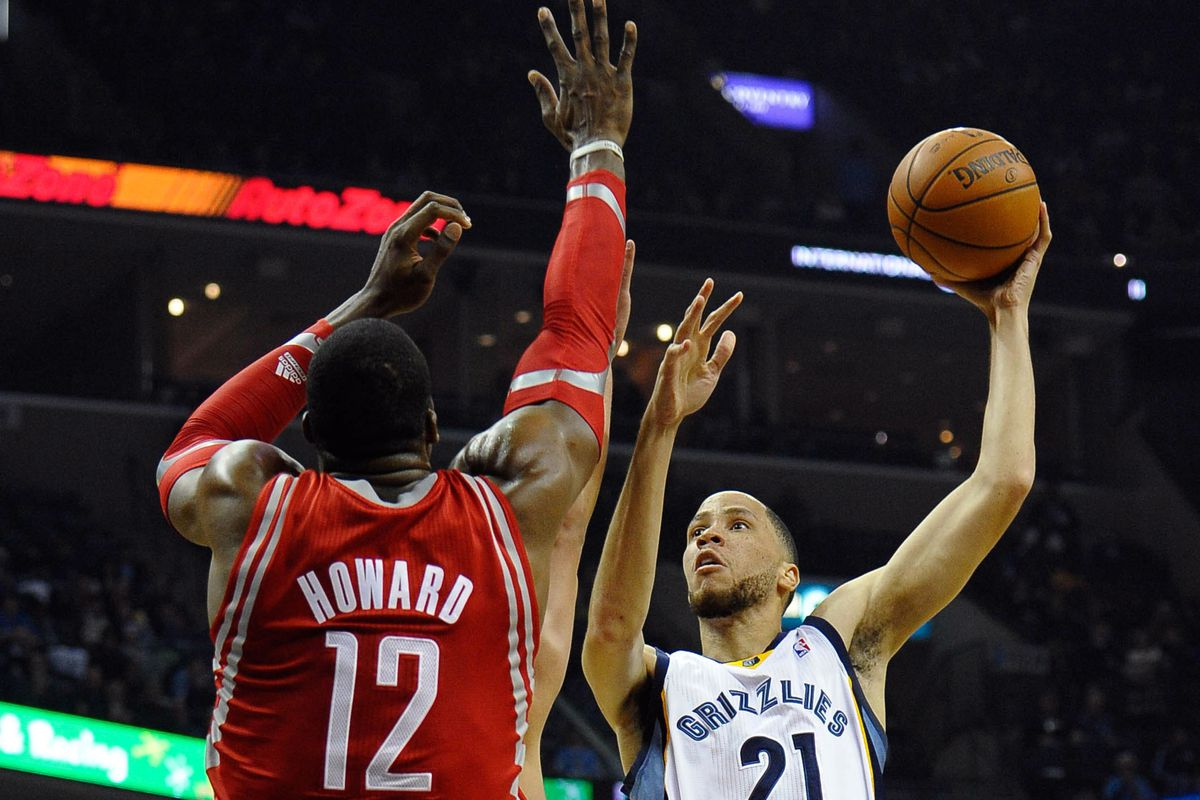Tayshaun Prince Time to Get fensive Grizzly Bear Blues
