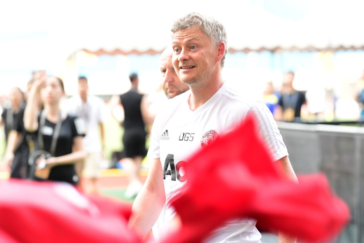 Manchester United Official Training & Press Conference