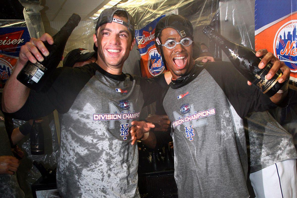 New York Mets' David Wright (left) and Jose Reyes celebrate