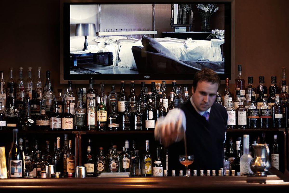 Wingtip's bar.