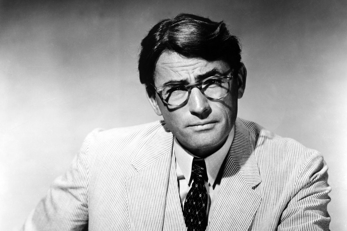 """<p zoompage-fontsize=""""15"""" style="""""""">Atticus Finch"""