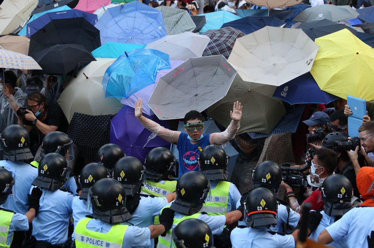 hong kong umbrellas 1
