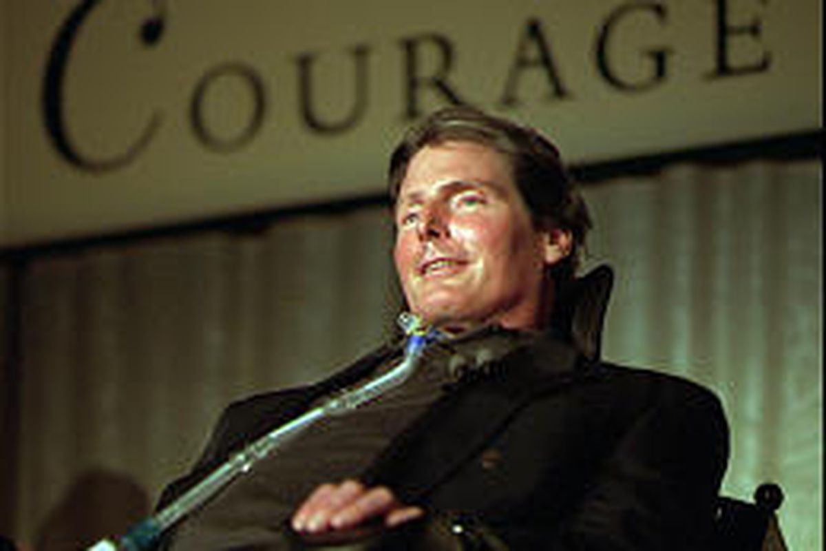 """Christopher Reeve accepts the 1996 National Courage Award. He directed """"The Brooke Ellison Story."""""""