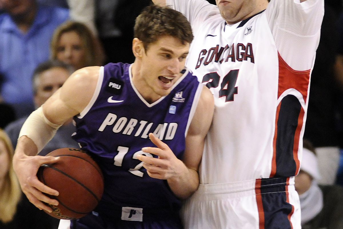 Thomas van der Mars will help lead the Pilots against the Cougars.