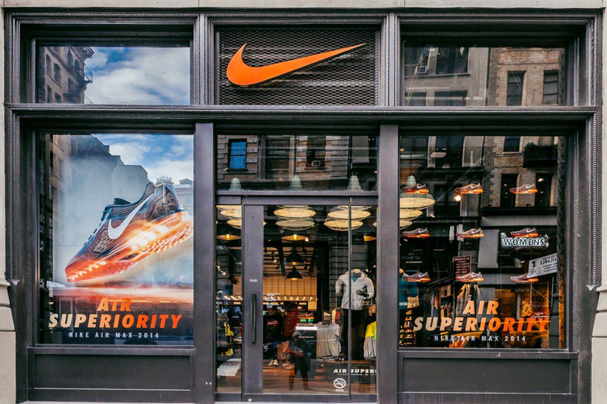 The Flatiron store. Photo: Driely S.