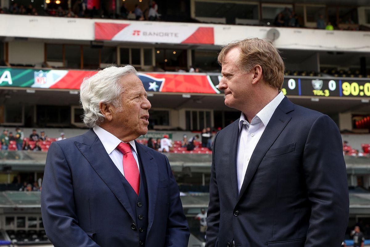 New England Patriots v Oakland Raiders