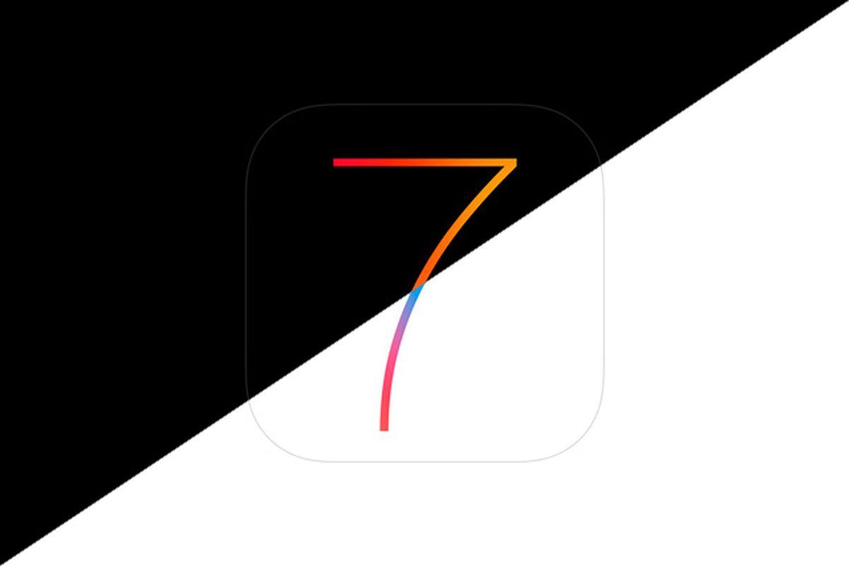 iOS 7 black and white