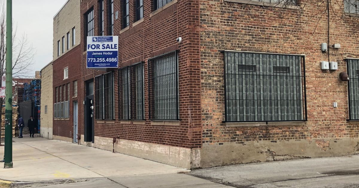 R. Kelly owes money for alleged repairs and back rent to a warehouse he used as a studio in the Near West Side at 219 N. Justine.