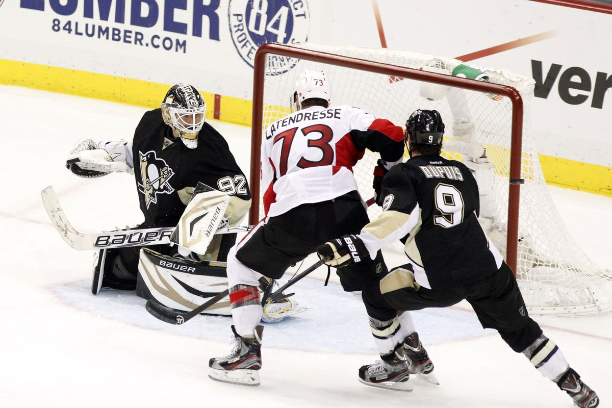 Remember that guy? Right in front of the net, I miss that....