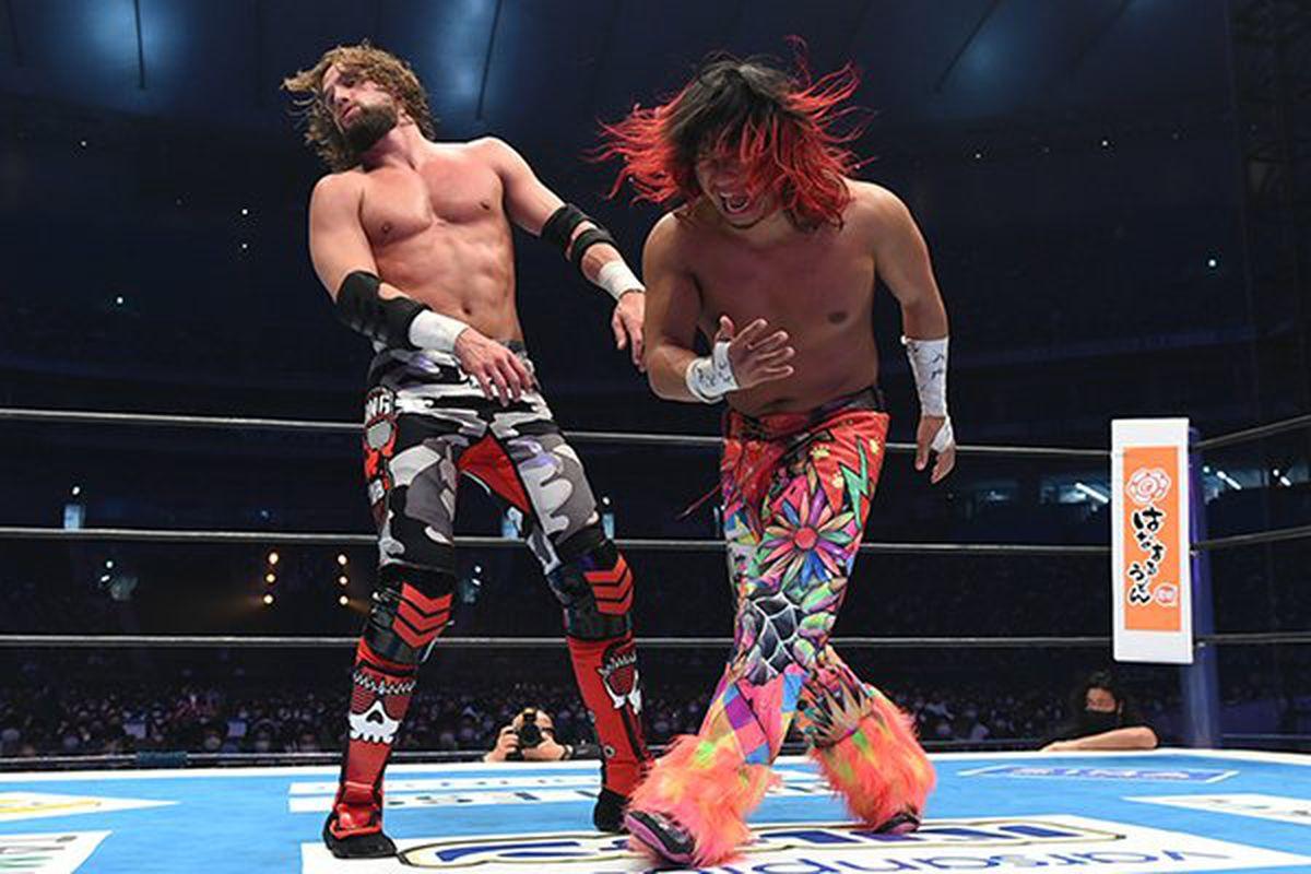 Hiromu Takahashi and El Phantasmo wrestle at NJPW Wrestle Kingdom 15 Night One