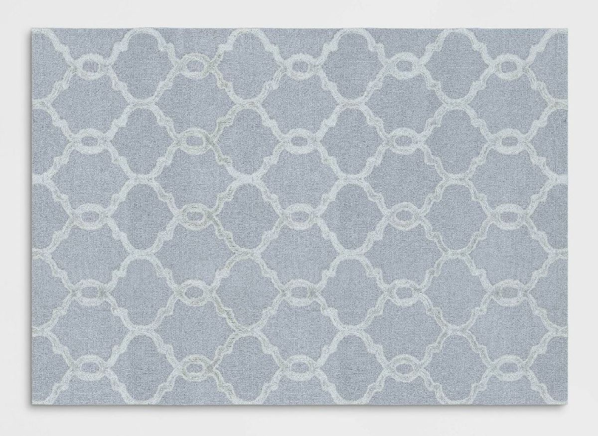 A patterned area rug.