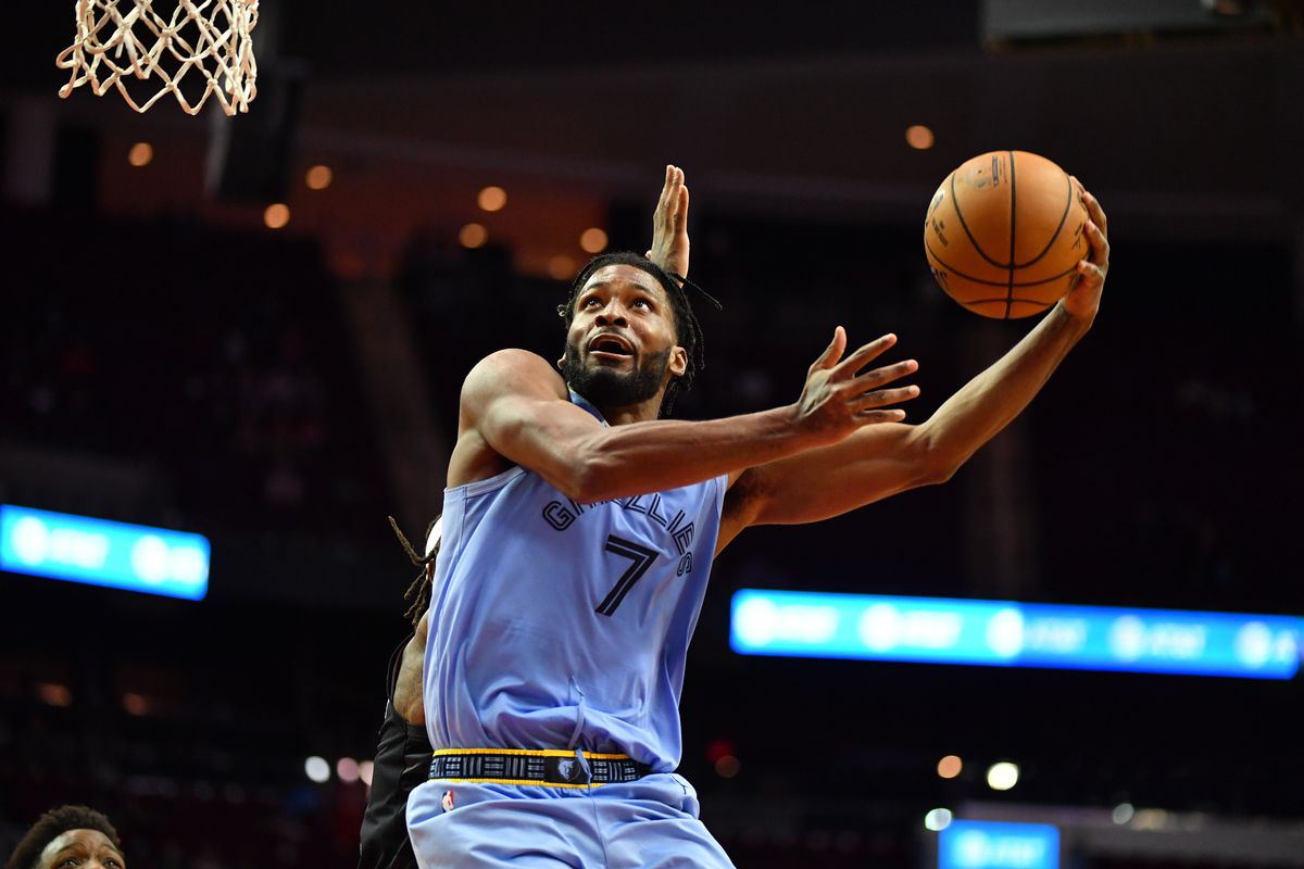 Justise Winslow of the Memphis Grizzlies drives to the basket during the game against the Houston Rockets on February 28, 2021 at the Toyota Center in Houston, Texas.