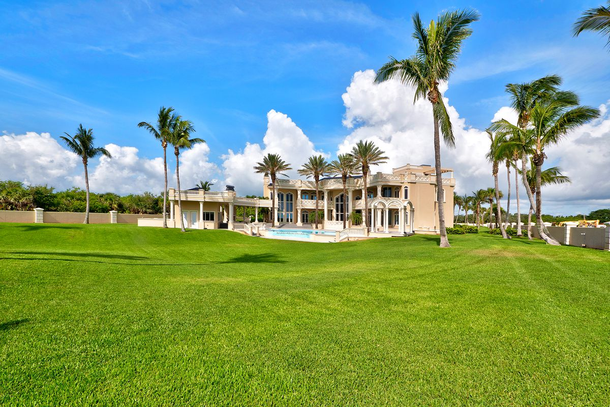 An oceanfront mansion for sale in Vero Beach