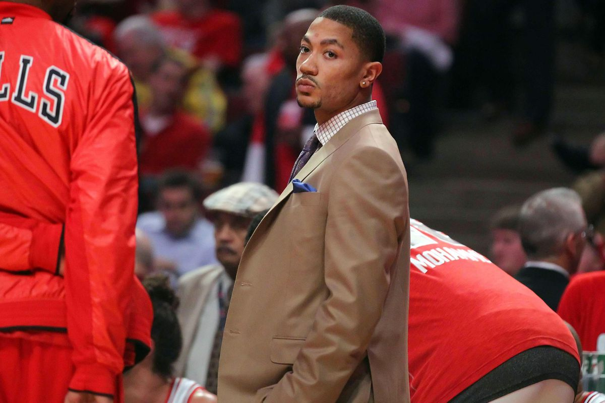 8802d57d76fd Derrick Rose and the Bulls  history of letting players break themselves