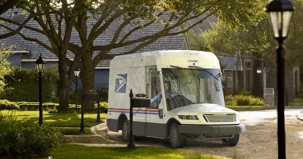 USPS unveils next-generation mail truck with electric drivetrain option