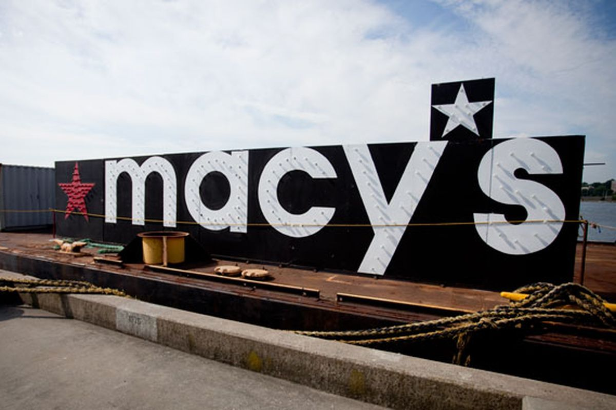 """Macy's Barge in an Undisclosed Location via <a href=""""http://gothamist.com/2010/06/29/behind_the_scenes_at_the_macys_4th.php?gallery0Pic=1#gallery"""">Gothamist</a>"""