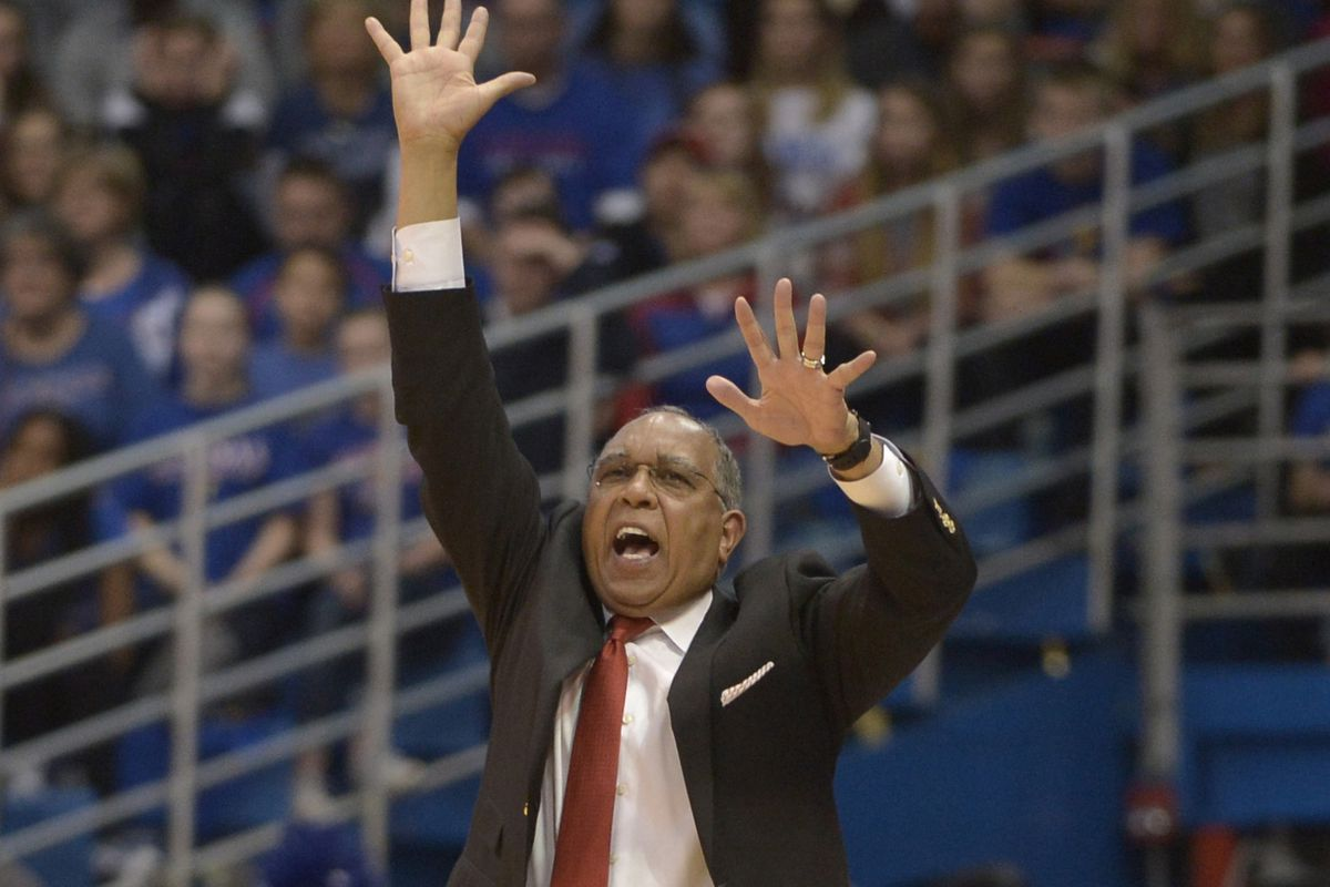 It's like Tubby Smith is being advanced on by hostile life forms against which he has no defense.