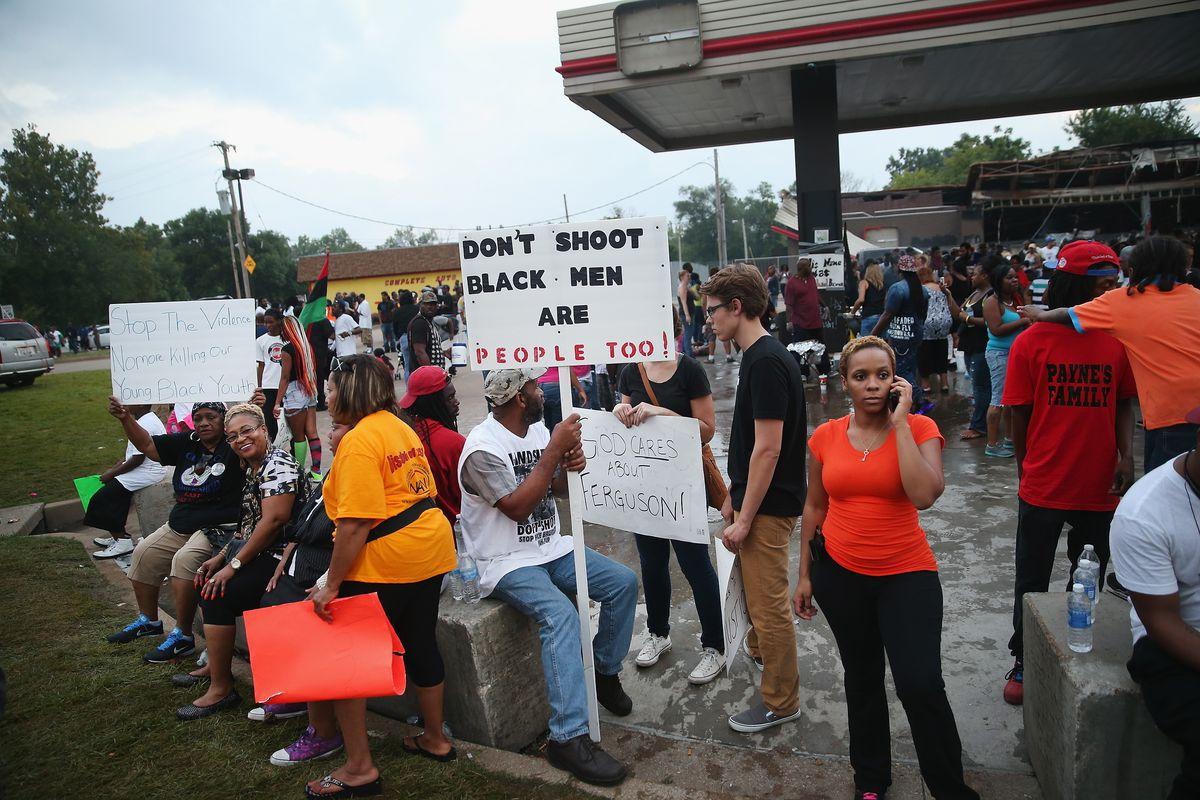 Ferguson protesters gather at Quiktrip