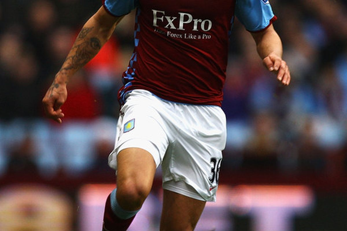 BIRMINGHAM ENGLAND - FEBRUARY 05:  Kyle Walker of Aston villa in action during the Barclays Premier League match between Aston Villa and Fulham at Villa Park on February 5 2011 in Birmingham England.  (Photo by Matthew Lewis/Getty Images)